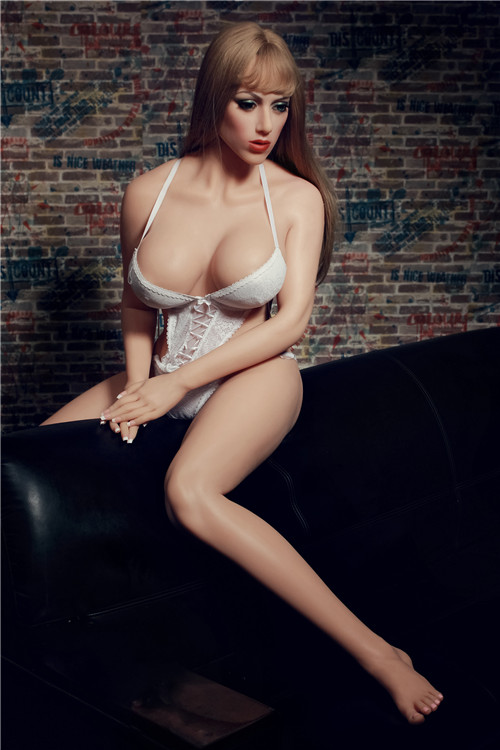 Silicone Sex Dolls – The Best Option For Satisfying Sex Desires